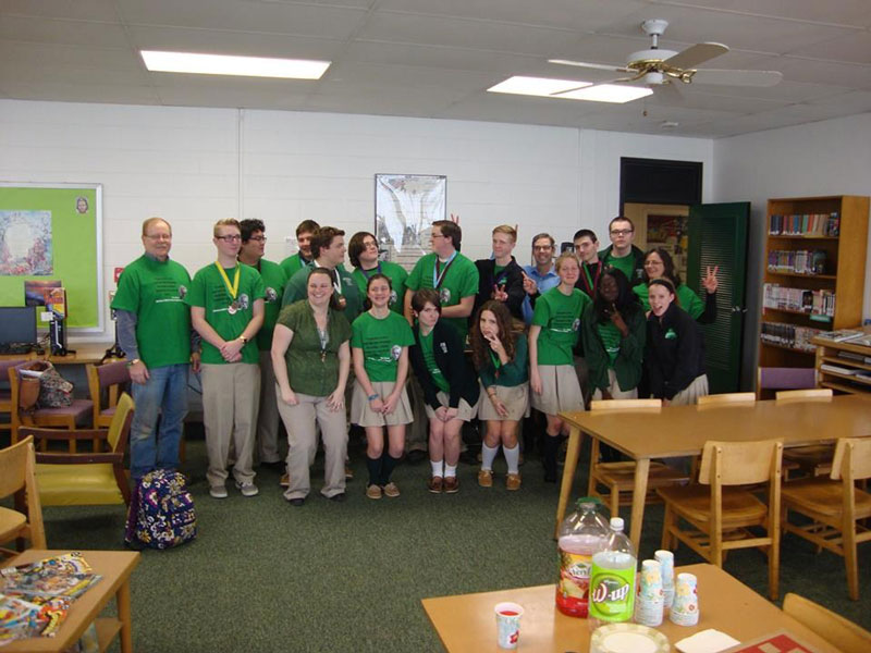 2016-Science-Olympiad-Medalists-at-bishop-ludden-photo