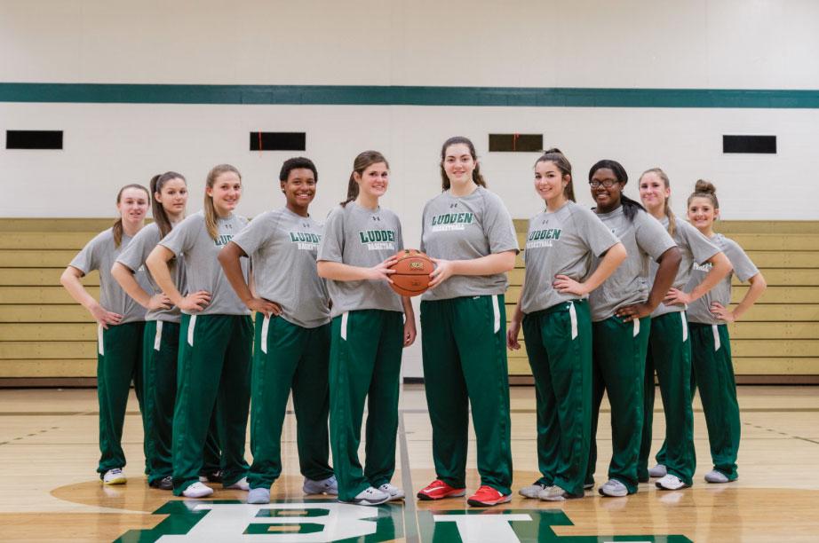 Girls Varsity Basketball bishop ludden - Girls Varsity Basketball