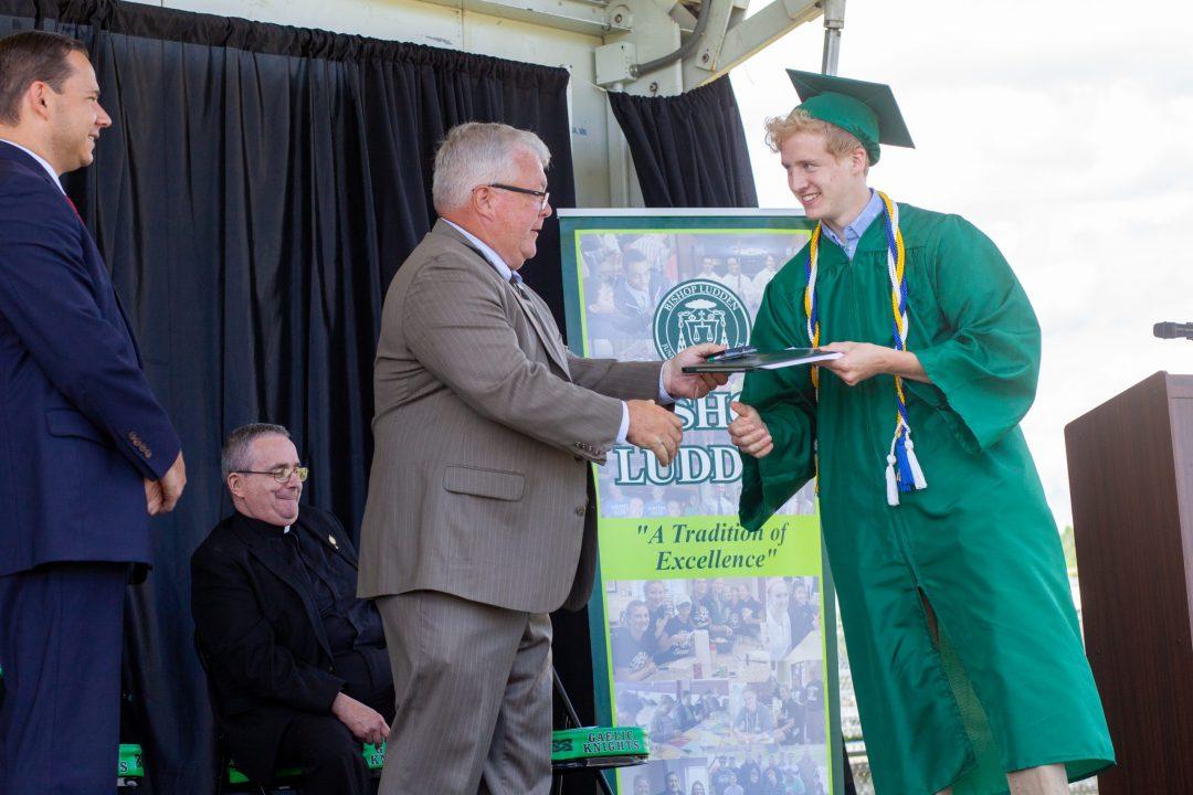 IMG 5908 scaled - 2021 Graduation Photos
