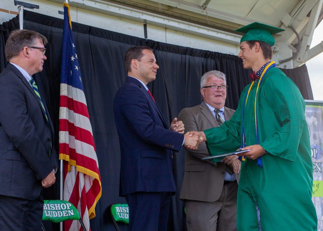 IMG 6071 scaled - 2021 Graduation Photos