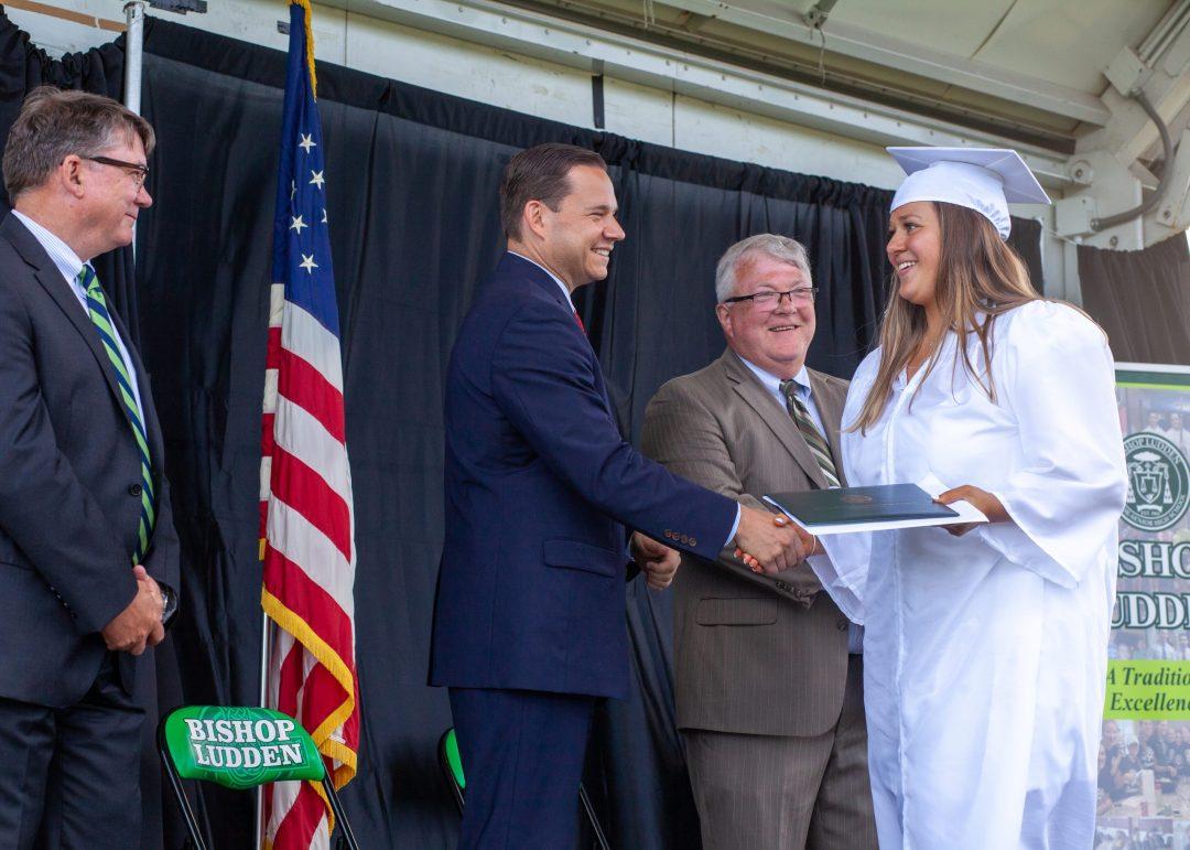 IMG 6093 scaled - 2021 Graduation Photos