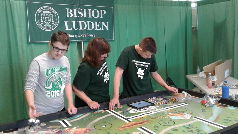 stem-club-bishop-ludden-catholic-school-exhibit