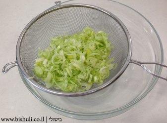 מרק פטריות וגריסים - ייבוש הכרישה
