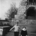 Kinder am Bismarckturm 1958