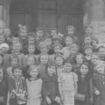 Klassenfoto am Bismarckturm 1929