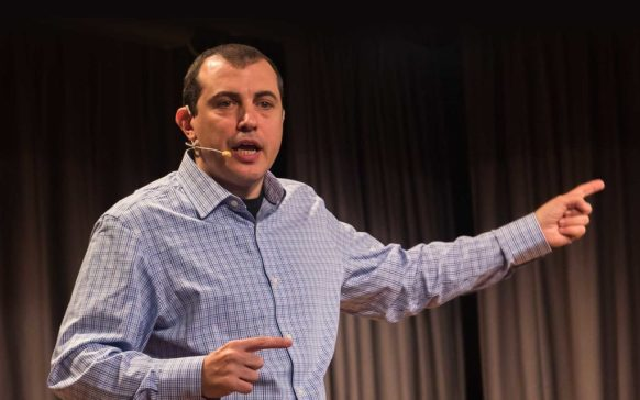 'Why Don't You Adopt It?' Andreas Antonopoulos Advocates Decentralized P2P Commerce