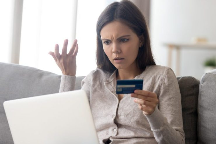 User Reports Reveal Visa and Mastercard Outages During the Holidays 1