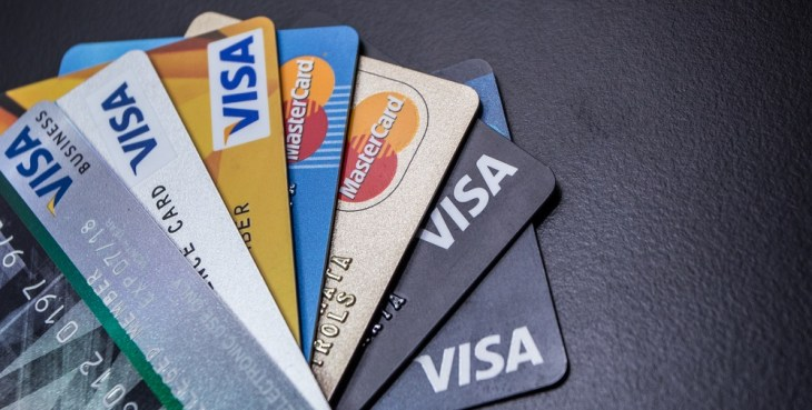 User Reports Reveal Visa and Mastercard Outages During the Holidays