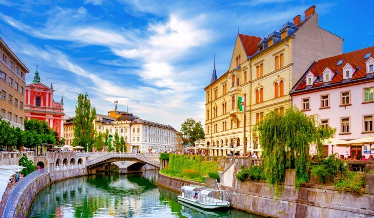 Crypto Adoption Soars in Slovenia: Over 1,000 Locations Accept Cryptocurrencies 1