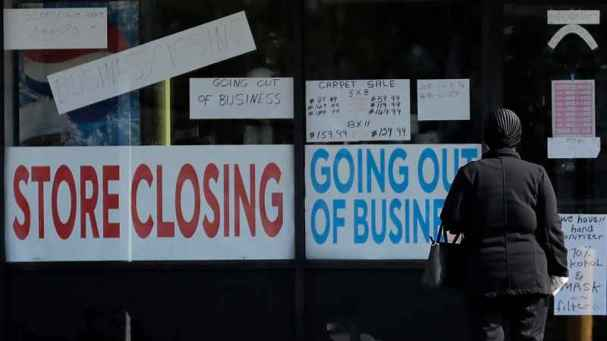 US Banks Face a Massive Commercial Real Estate Crisis Looming on the Horizon