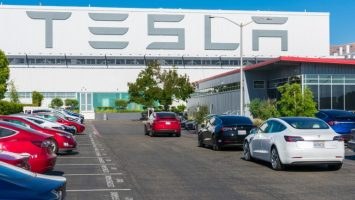 tesla has 1 5 billion worth of bitcoin on its balance sheet plans to accept btc for products 768x432 1