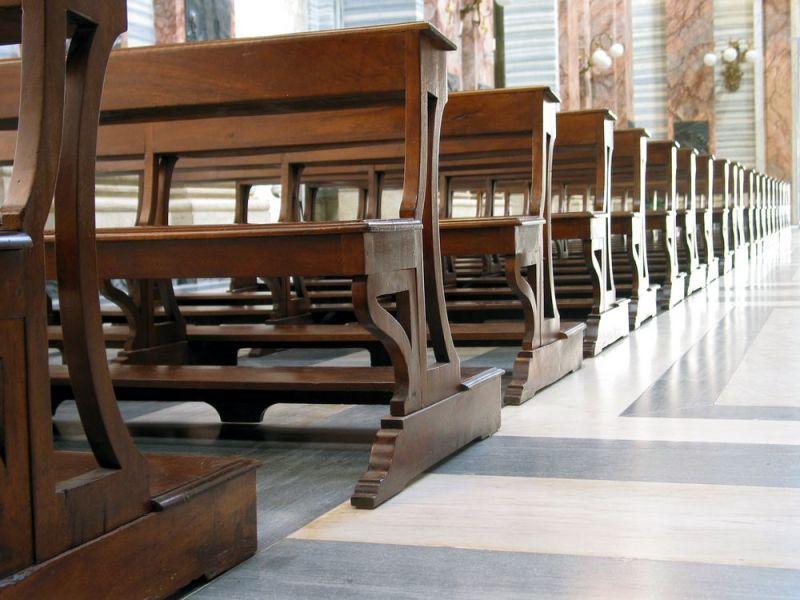 Klupe, katolička Crkva u Njemačkoj, poražavajuća statistika, katolika sve manje u njemačkoj