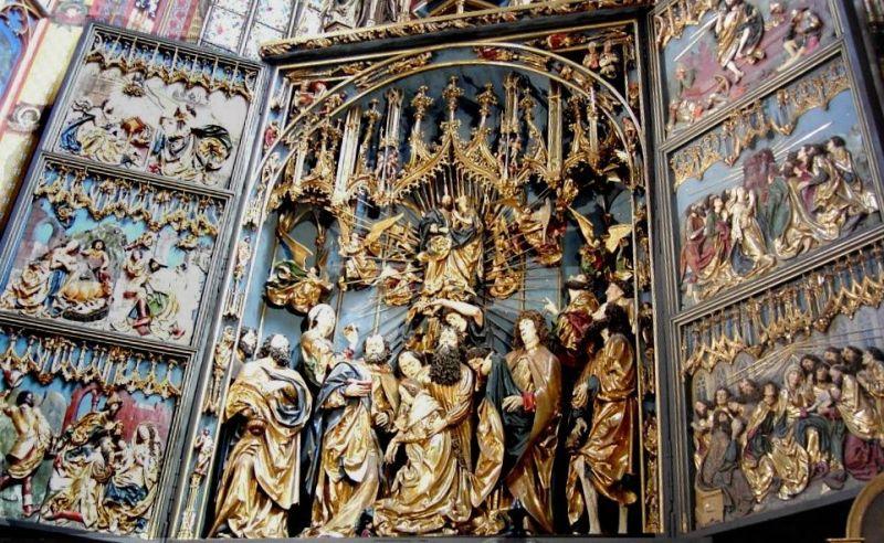 Oltar Vieta Stossa u bazilici sv. Marije. | Foto: Wikimedia