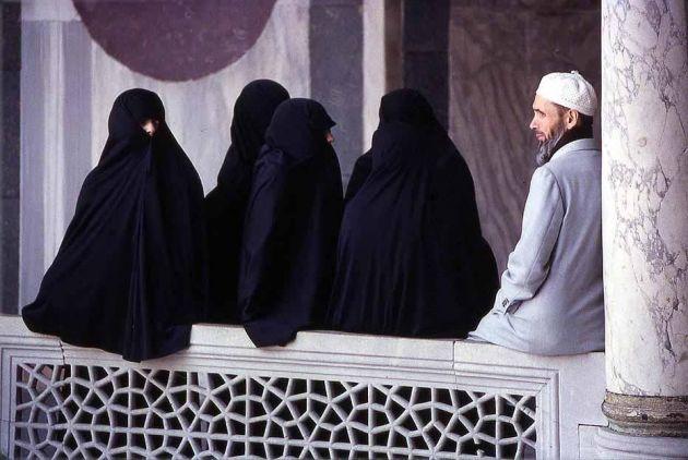 poligamija, muslimani u italiji, legalizacija poligamije