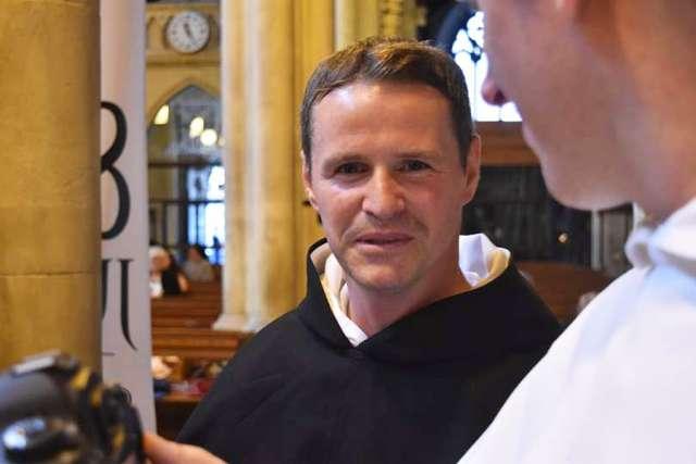 Dominicans.ie, igrač manchester uniteda postao svećenik