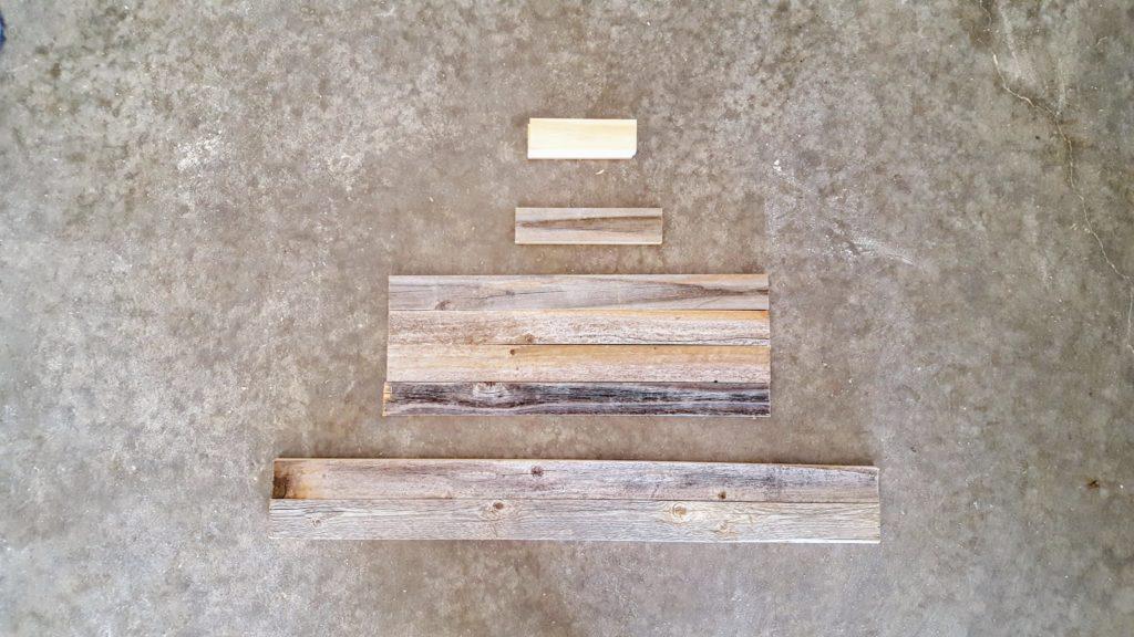 Christmas Tablescape - DIY Vintage Sled