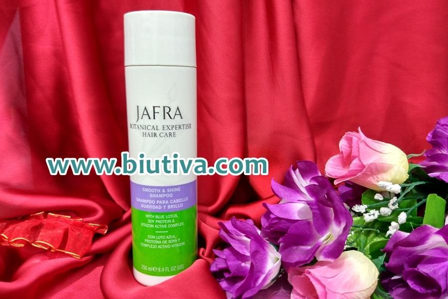 Jafra Botanical Expertise Smooth and Shine Shampoo_biutiva
