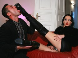 Gorgeous Fetish Liza Trains Her male slave and Gets Her Boots Licked