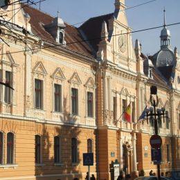 Primăria Brașov, un minus de 23% din numărul total de angajați. 77 de posturi sunt libere în acest moment