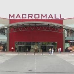 Grecii de la Jumbo cer aprobare pentru extinderea și compartimentarea Macro Mall, clădire pe care au dat 4 milioane de euro