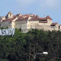 106.733 de turişti au trecut pragul Cetăţii Râşnov, până la începutul acestei săptămâni