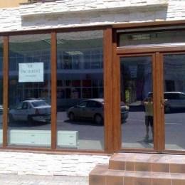 Brașovenii care dețin clădiri în care funcționează diverse firme vor plăti impozite mai piperate începând de anul viitor