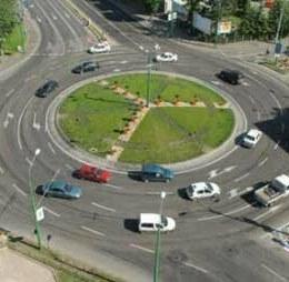 Primăria Brașov își propune amenajarea a șase sensuri giratorii noi. Vezi ce intersecții sunt vizate