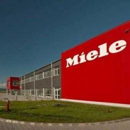 Germanii de la Miele investesc un milion de euro în extinderea fabricii din Braşov