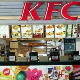 Românii au mâncat mai multe produse KFC, în prima jumătate a anului