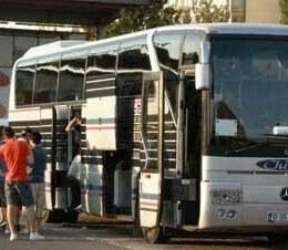Transportatorii privaţi de persoane, alungaţi din staţiile RAT prin lege şi trimişi la marginea oraşului