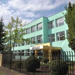 Sala de sport a Școlii Profesionale Kronstadt va fi renovată cu 1,1 milioane de lei. Șantiere se vor deschide și la alte trei școli