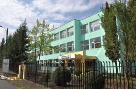 Încep lucrările de reamenajare a sălii de sport de la Școala Kronstadt. Investiția depășește 1,6 milioane de lei