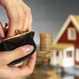 Brașovenii, verificați dacă auîncheiată asigurarea obligatorie pe locuință. 4.200 de persoane au fost deja notificate să-și încheie RCA-ul pe casă, altfel vor fi amendate!