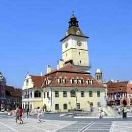 Jumătate dintre români vor merge în concedii în România anul acesta, Brașovul urmând să fie principalul beneficiar al turismului de pandemie
