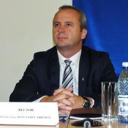 Abrudan, unicul candidat, ales pentru încă un mandat rector al Universității Transilvania