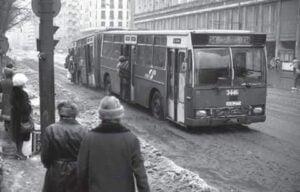 Aglomeratie autobuz in comunism
