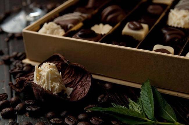 Dorian Lungu ia în calcul extinderea Luado Chocolate în București sau Cluj. Antreprenorul vrea să investească 80.000 de euro în creșterea capacității de producție de la 50 la 200 de kilograme pe zi