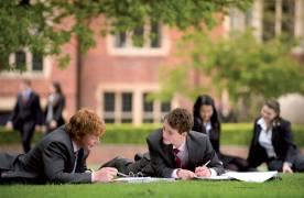 Scout-eri din Oxford și Cambridge caută la Brașov tineri interesați de studii în Marea Britanie