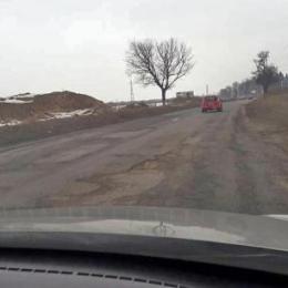 Primarii din zona Bran-Moieciu-Fundata cer reluarea de urgență a lucrărilor de pe DN73