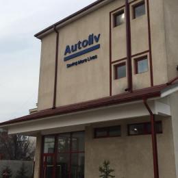 Autoliv și-a deschis o fabrică într-o hală a fostei fabrici de lapte din Onești