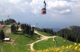 Vânzările de vacanțe în Poiana Brașov și pe Valea Prahovei au crescut cu 76%