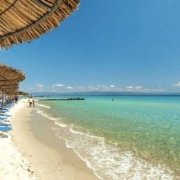 Credite pentru vacanțe, oferite de TUI TravelCenter şi TBI Bank, în urma unui simplu apel video