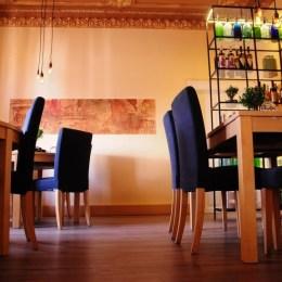 Brașovenii își pot rezerva mese în 195 de restaurante printr-o aplicație mobilă
