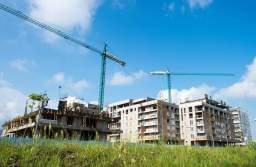 Piața imobiliară din Brașov a dat în fierbere: Aproape 4.000 de locuințe au primit autorizația de construire în primele zece luni