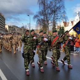 Oferta Armatei pentru tineri: sute de locuri în școlile militare și un loc de muncă garantat la absolvire