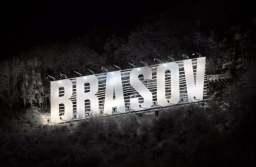 """""""BRAȘOV""""-ul de pe Tâmpa, neluminat de două săptămâni. De vină ar fi teribiliștii care se urcă pe litere și care au distrus o serie de senzori"""