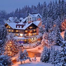 FOTO Cât costă cazarea în hotelul Simonei Halep din Poiana Brașov