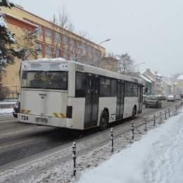 RATBV a anunțat programul după care vor circula autobuzele de sărbători. În noaptea de Anul Nou, autobuzele spre Poiană vor circula