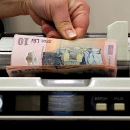 """Guvernul """"împușcă"""" ROBOR-ul: Doar creditele în lei ar urma să fie calculate în funcție de altă referință, cele în euro se vor calcula în funcție de EURIBOR"""