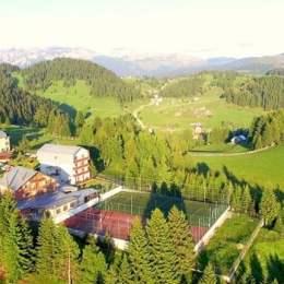 Complexul turistic Euro Park din Fundata, scos la vânzare cu 2,65 milioane de euro